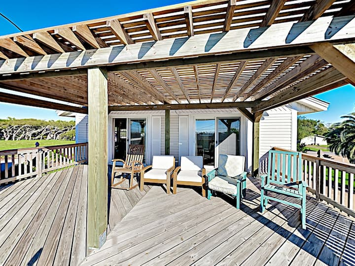 Coastal Home w/ Covered Deck, Yard & Bay Views!