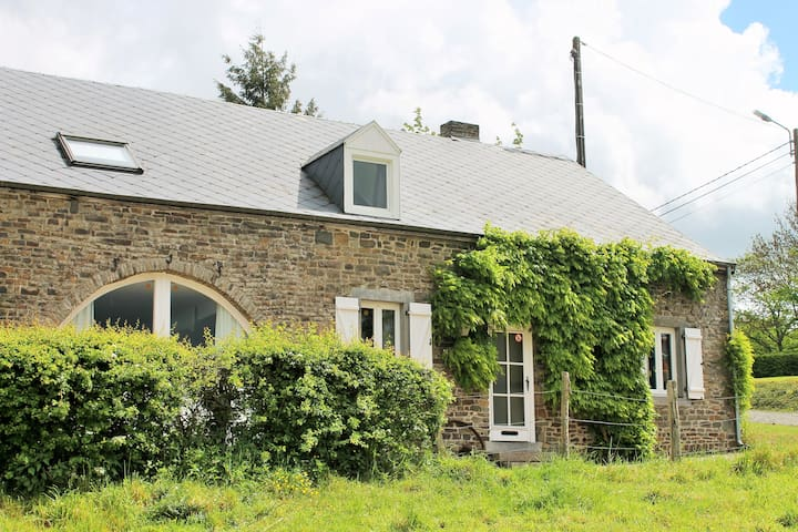 Holiday home in Ardennes, Belgium - Rendeux - Hus