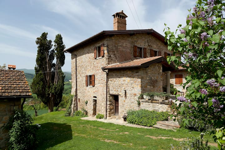 Rustic Chic Cottage in Tuscany - Arezzo - Bed & Breakfast