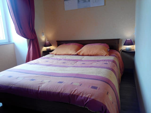 Le Pressoir (2p) + 2p suppl. - Gémozac - Bed & Breakfast