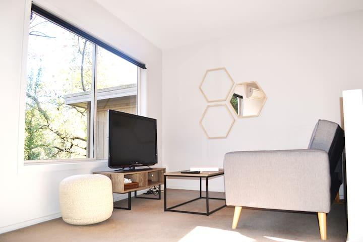 Sunny living room/lounge