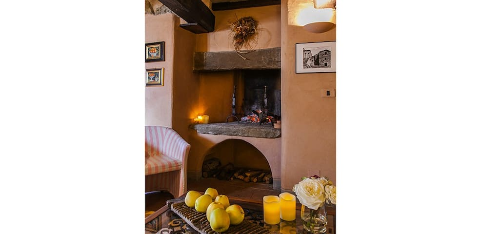 Beautifully restored 2 bd barn - Cortona - Flat