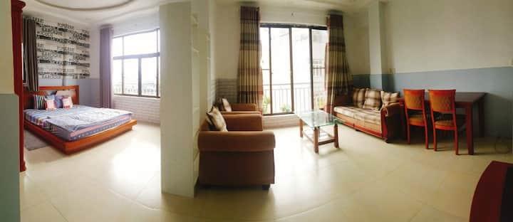 The nice apartment near Lanmark 81