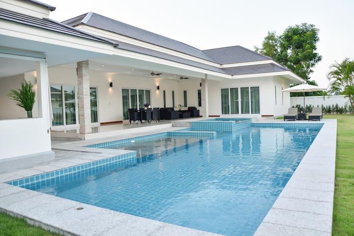 Pool Villa Hua Hin 3BR NR beach