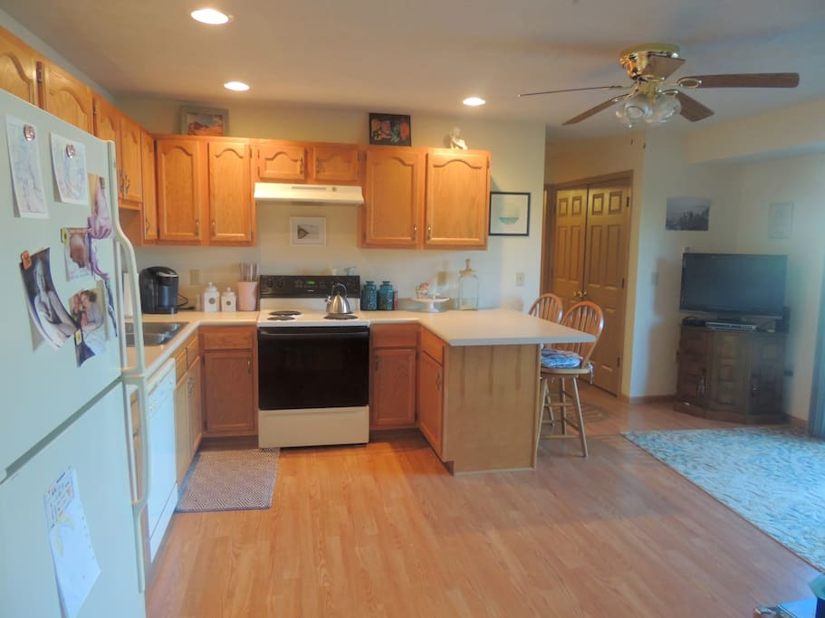 Cozy 1 Bedroom With Stadium View Apartments For Rent In Morgantown West Virginia United States