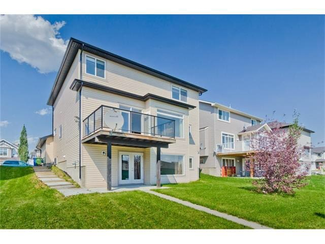 Friendly Chestermere Westmere Home