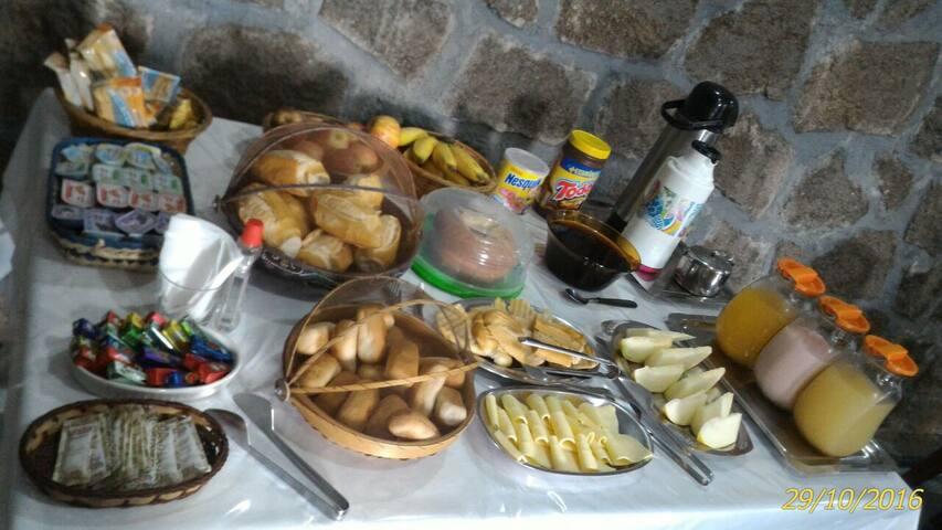 Quarto Familia - BR - Bed & Breakfast