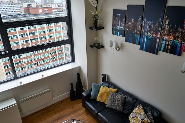 Stunning 1 Bed Flat, Central Birmingham, Long Stay