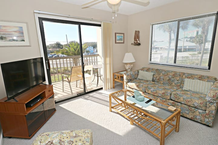 Prime Second Floor 1/1 Condo in Beautiful Ocean Village Club!  Ocean Village Club N21