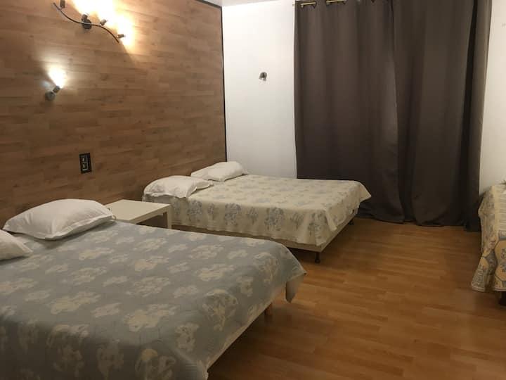 Chambre privée en hôtel familial
