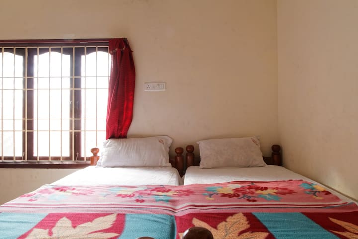Nice cozy private room - Bommayapalayam - Apartamento