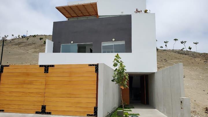 Casa de Playa en condominio Alto Bujama