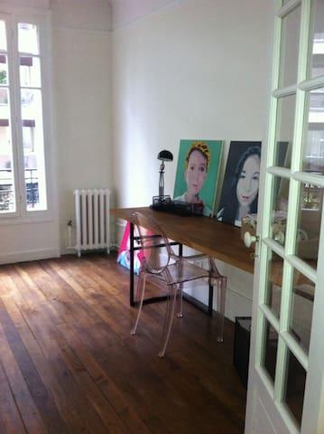 Typical Parisian flat with balcony - Eiffel Tower