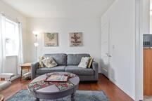 Guest house Villa/Vine-covered  - LA walk to beach