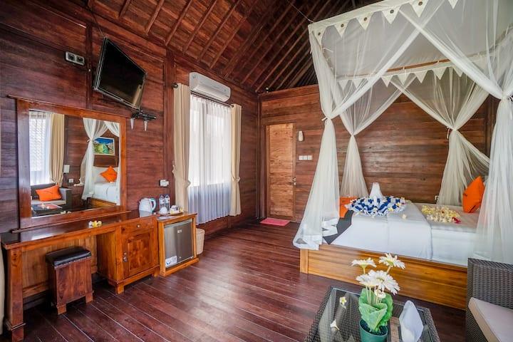 Suite Woodenhouse at Beachfront of the Nusa Penida