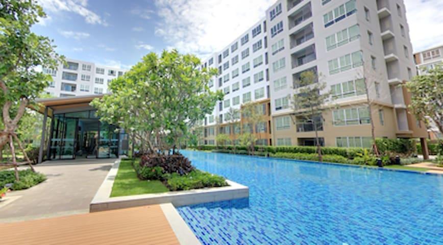 Easy Living - Tambon Pong Saen Thong - Condominio