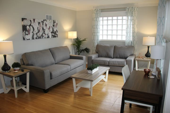 Charming two bedroom suite with garage