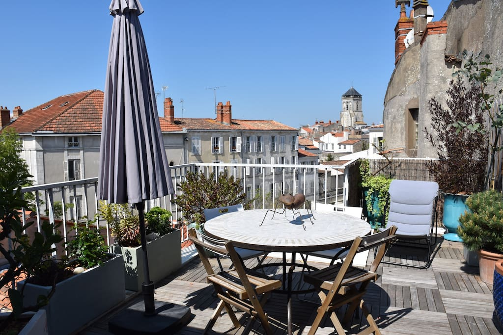loft terrasses vieux port lofts louer la rochelle aquitaine limousin poitou charentes. Black Bedroom Furniture Sets. Home Design Ideas