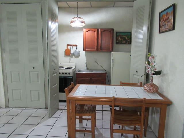 Studio Apartment in San Salvador
