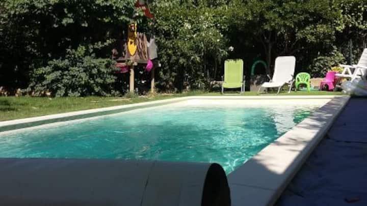 Agréable maison avec piscine