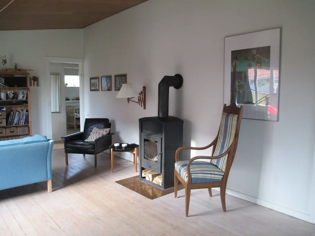 Stay the summer in house & garden - Herlev - Hus