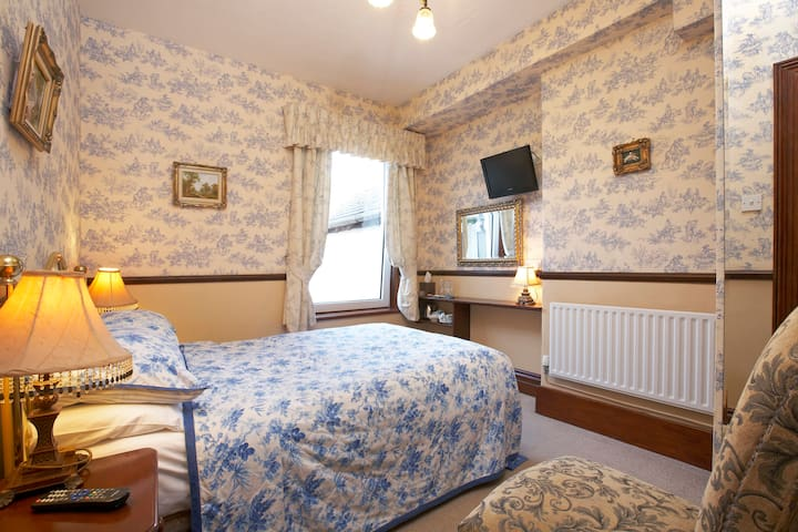 Room No 1 @ Brookfield B&B Keswick. - Keswick - Bed & Breakfast