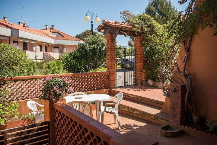 Lovely apartment with BBQ 700mt from the beach