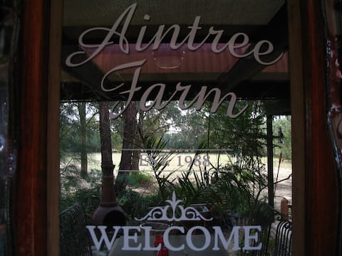 Own Ensuite & Entrance ~ Aintree's Farm Organics