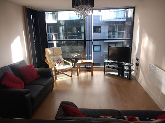 Spacious and Quiet Liverpool City Centre pad.