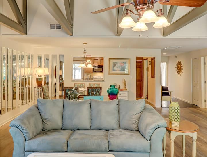 2 BR Queens Grant Villa in Palmetto Dunes Resort - Close to beach