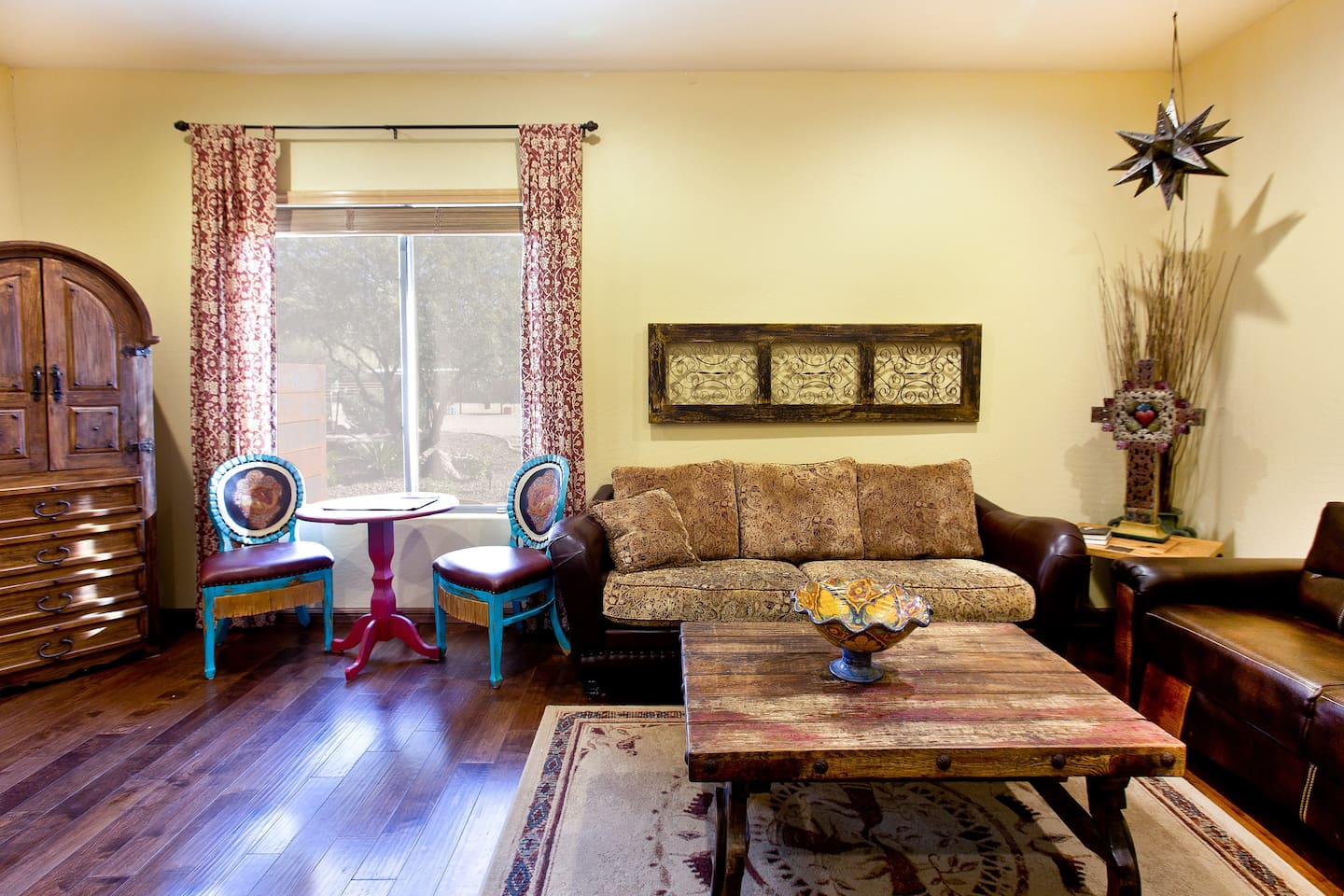 Beautifully appointed, spacious and comfortable home away from home!