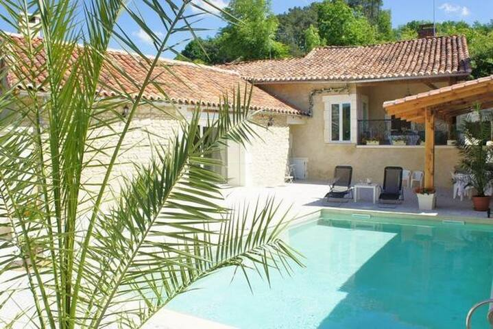 House with swimming pool Aquitaine - Biras - Rumah