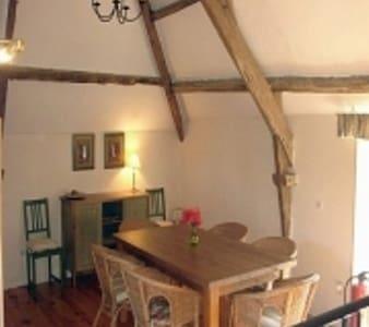 Pretty Breton Farmhouse Brittany - Augan