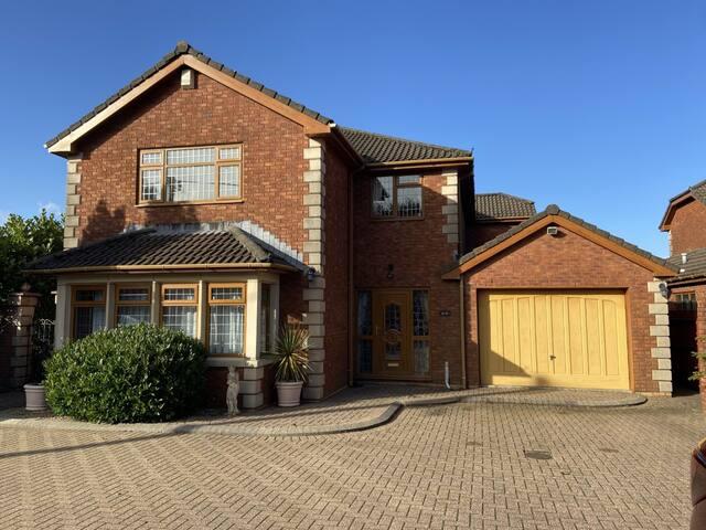Executive family home near Cardiff