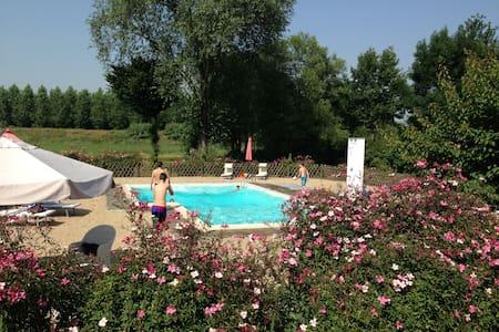 oasi di pace... nel Monferrato - Valenza