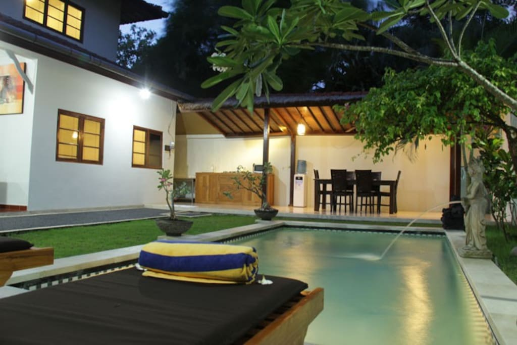 2 Bedroom Pool Villa Central Seminyak Villa 3 Villas For Rent In Seminyak Bali Indonesia