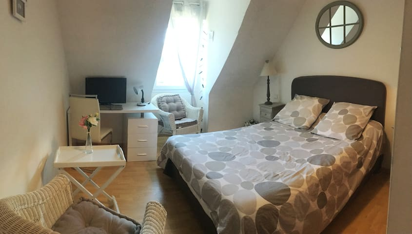 Chambre à 10 mn de Lorient et des plages de Guidel