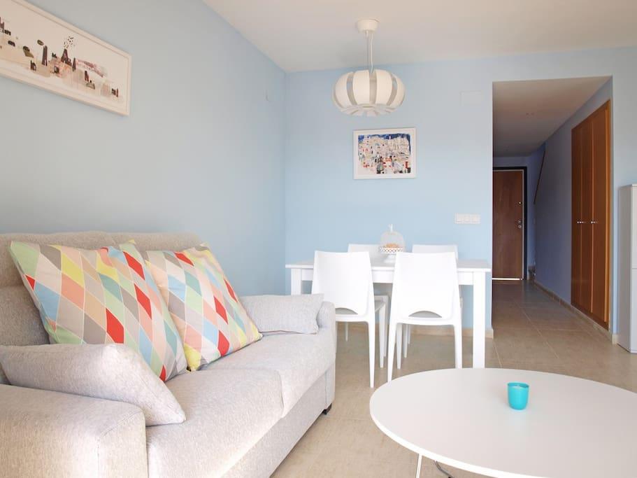 Bonito salón-comedor. Nice living-dinning room.