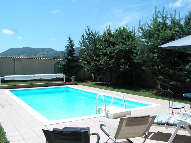 Studio with swimming pool - Collanges - Daire