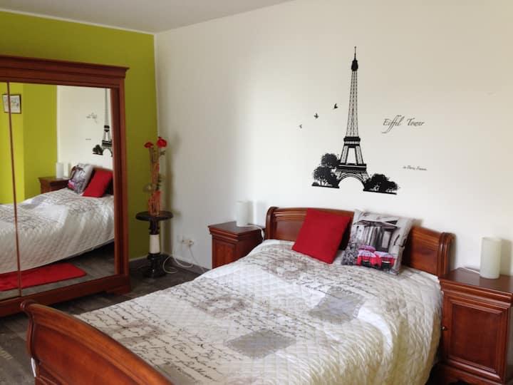 """Chambre """"PARIS"""" sur l'axe Lille - Paris"""