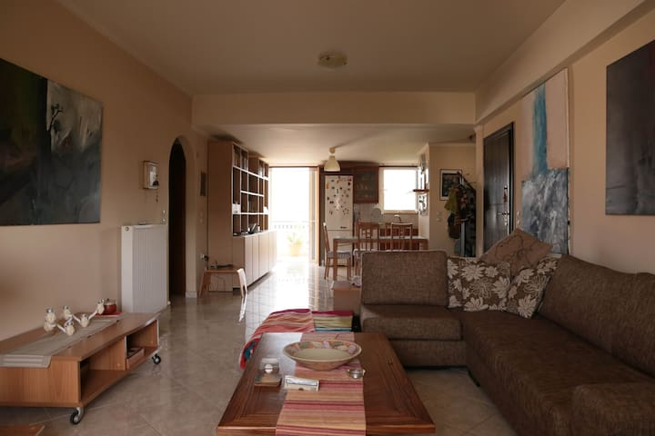 Artistic spacious flat in Nafplio - Agia Kiriaki - Appartement