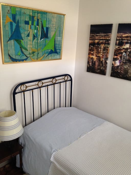 Chambre damis dans Amiénoise  Houses for Rent in Amiens