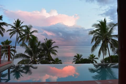 Island Breeze Savusavu Fiji, Waterfront Paradise.