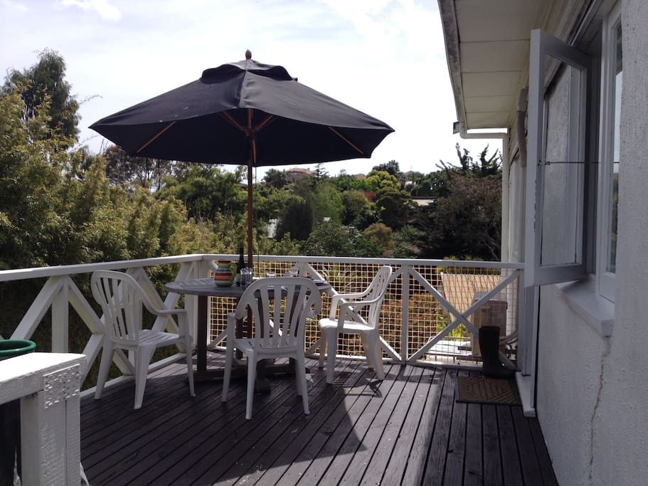 Sunny deck, all day!