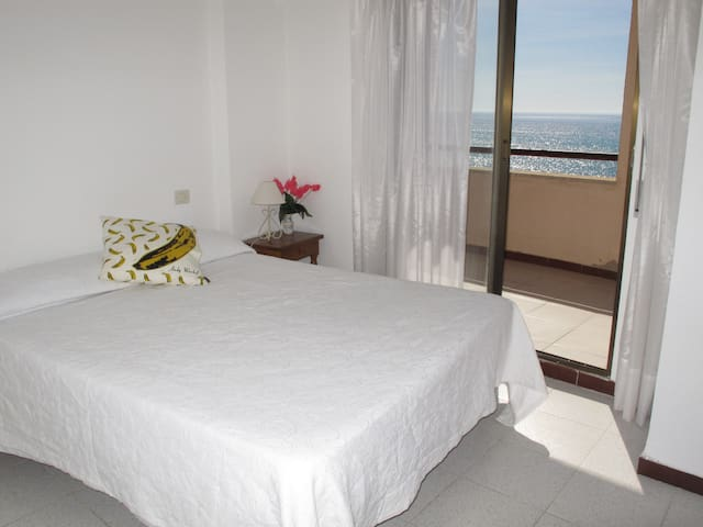 Apartment with very nice sea views - Oropesa del Mar - Leilighet