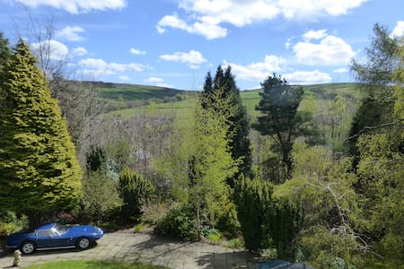 Shared Country House for 9 guests, great location - Holmfirth - Rumah