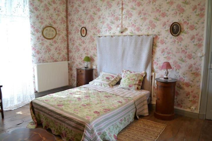 Suite Familiale + Petit Déjeuner - Birac - Bed & Breakfast