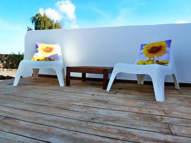 Casa Azul getaway in Lajares Centre - Lajares - Lyxvåning
