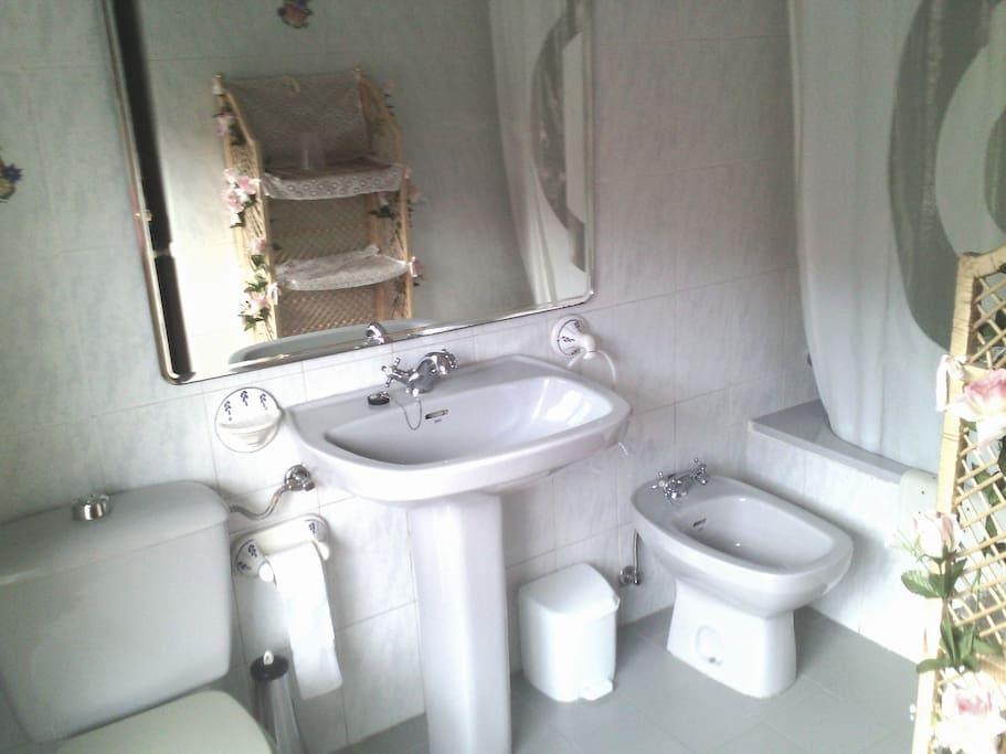 Baño individual.