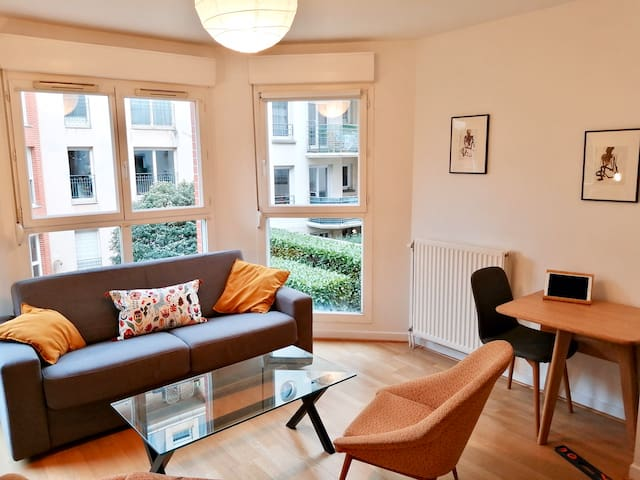 Studio standing exclusif Clichy-Paris & Parking